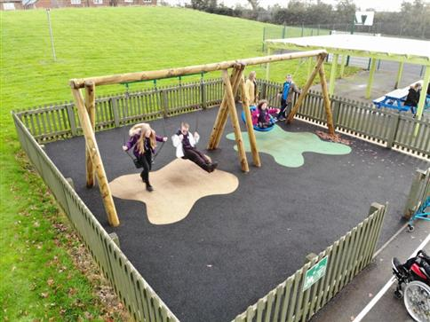 Timber Swing (2.4M) with Two Flat Seats and One Group Seat