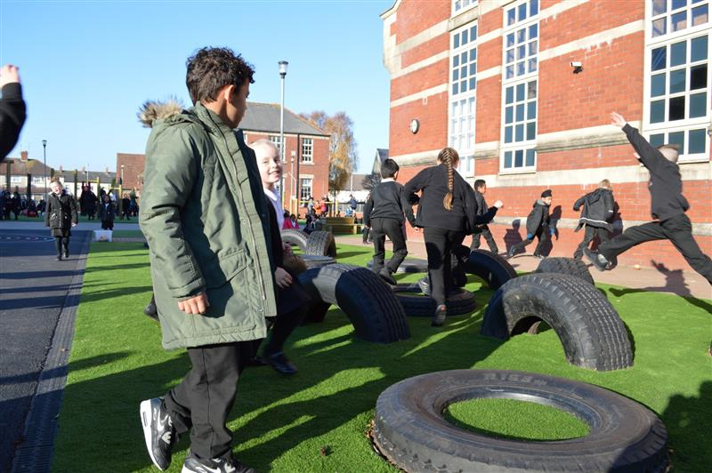 tyre playground equipment