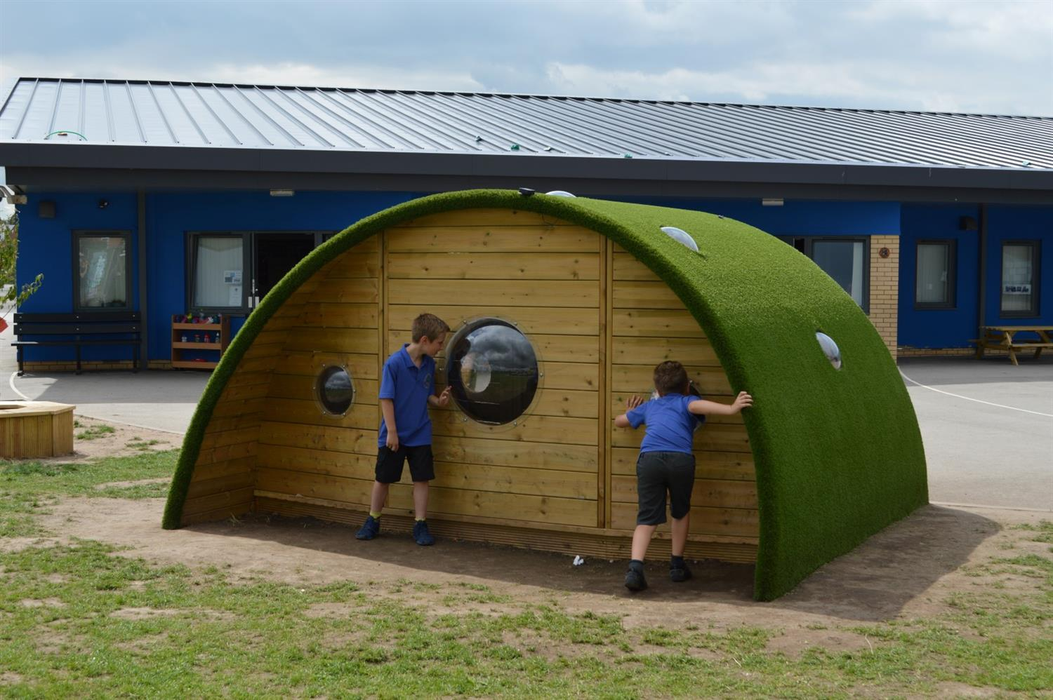 Chapelford primary school 39 s hobbit playhouse pentagon play for School playhouse