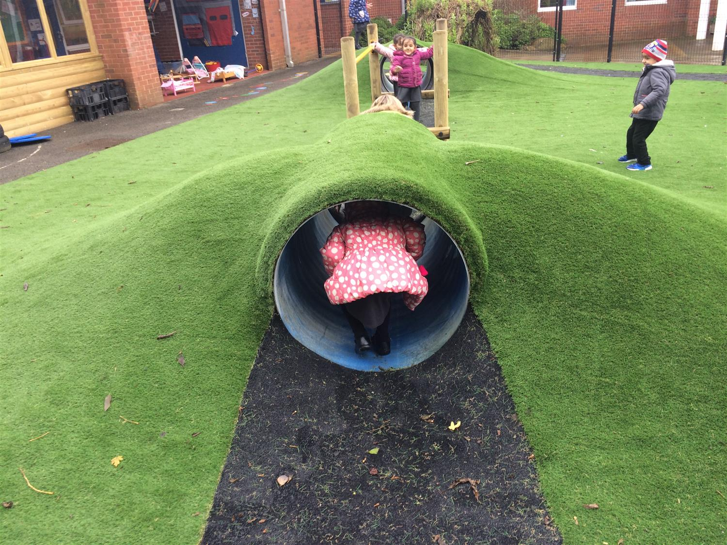 Roundthorn Primary Academy S Eyfs Play Space Pentagon Play
