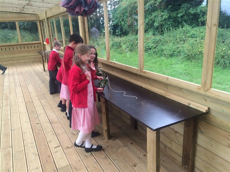 Heage Primary's Outdoor Classroom Lodge