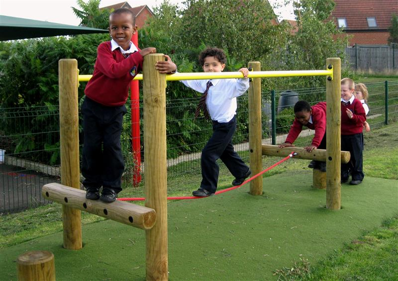 Trim Trail for school Playgrounds