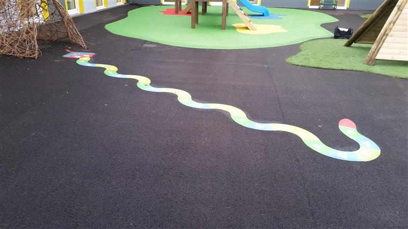 Wetpour playground surfacing for primary schools