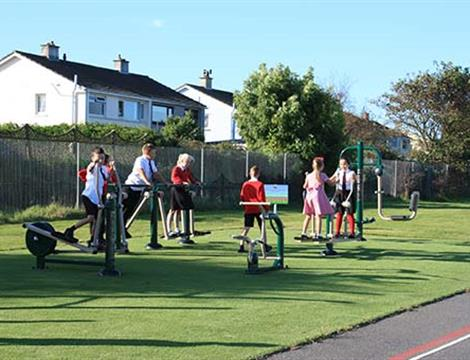 Outdoor Gym Equipment For Schools and Parks