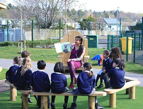 Playground Seating and Picnic Benches For Schools