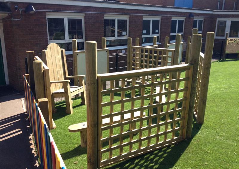 trellis screen fencing for schools