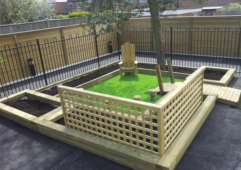 trellis screen for playgrounds