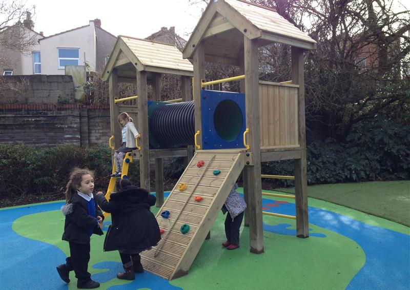 Play tower for schools