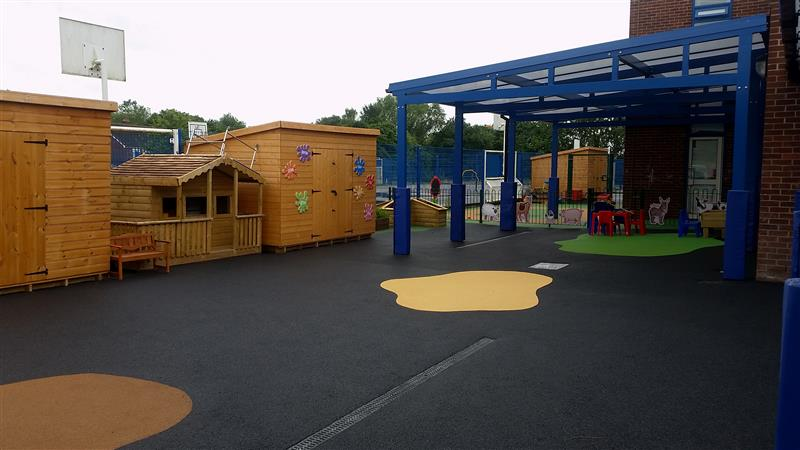 Pentagon playground development for children with special educational needs