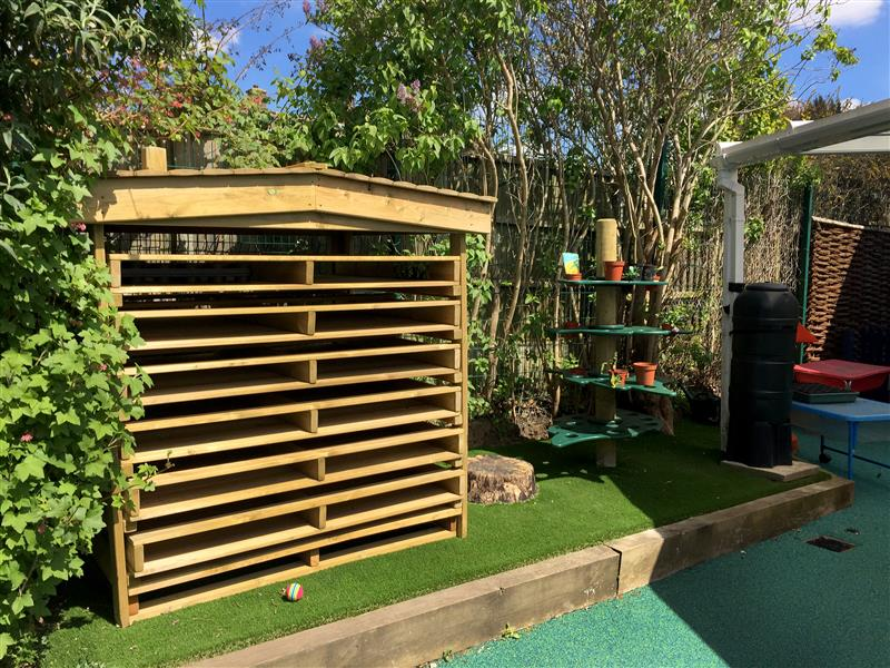Bug Hotel for natural play