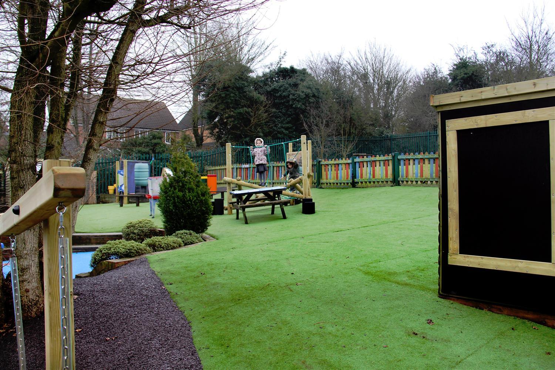 Laindon Park Primary School S Eyfs Playground Pentagon Play