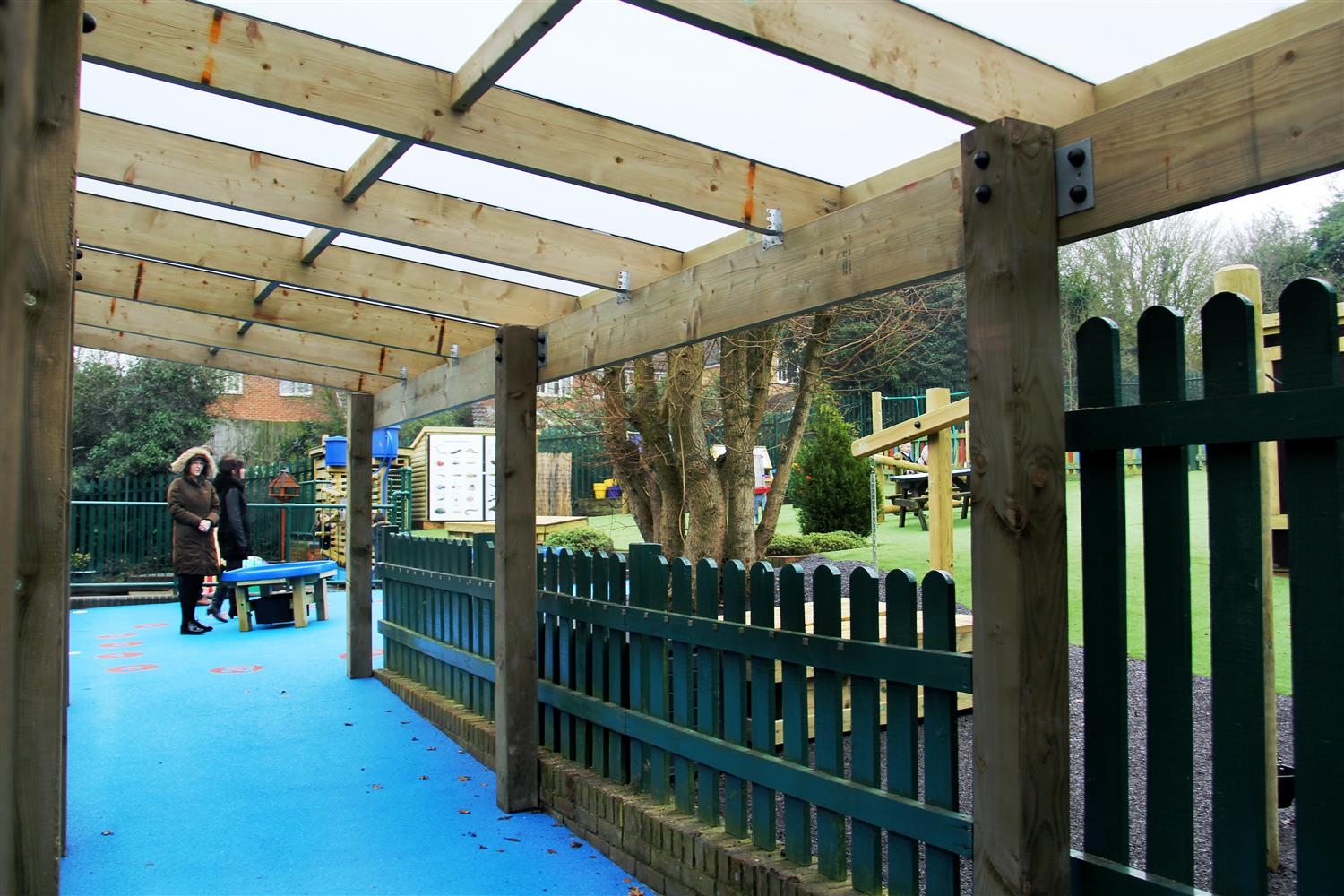 Laindon Park Primary School S Eyfs Playground Pentagon Play